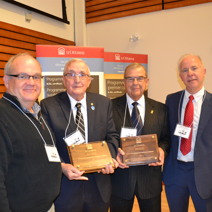From left to right: André Samson, Vice-Dean and Secretary of the Faculty, Ronald Leduc et Denis Lévesque, 2015 recipients, Raymond Leblanc, Dean of the Faculty of Education